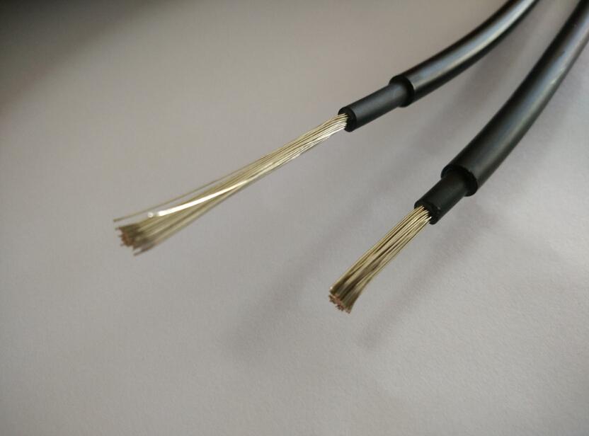 供太阳能电缆 PV1-F 光伏电缆单芯线 抗紫外线电缆 光伏电缆1*4